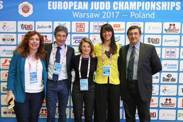 La investigación española recibe el reconocimiento de la EJU.