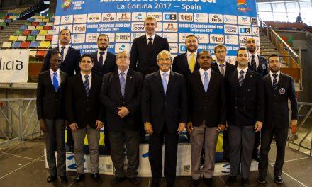 11 deportistas de élite se examinan de árbitro internacional en A Coruña