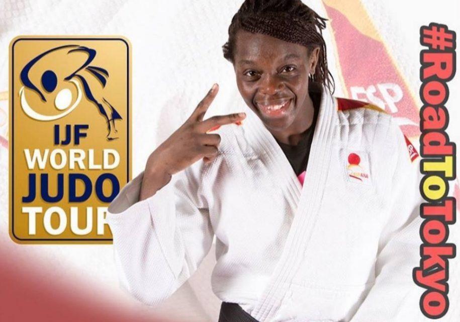 María Bernabeu medalla de bronce en Dusseldorf 2019
